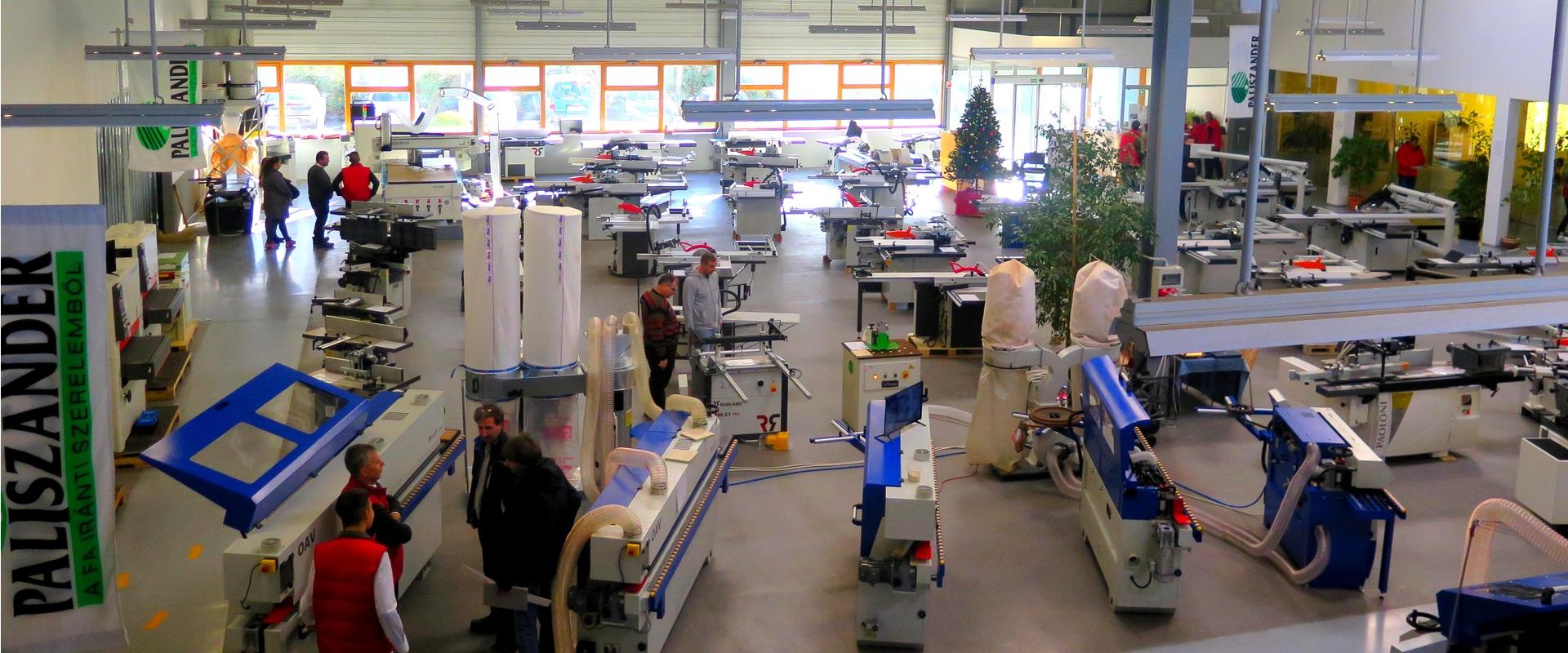Faipari gépek és szerszámok 3000 m2-en